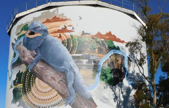 Image of Lizard on Narrandera Water Tower Mural, Narrandera