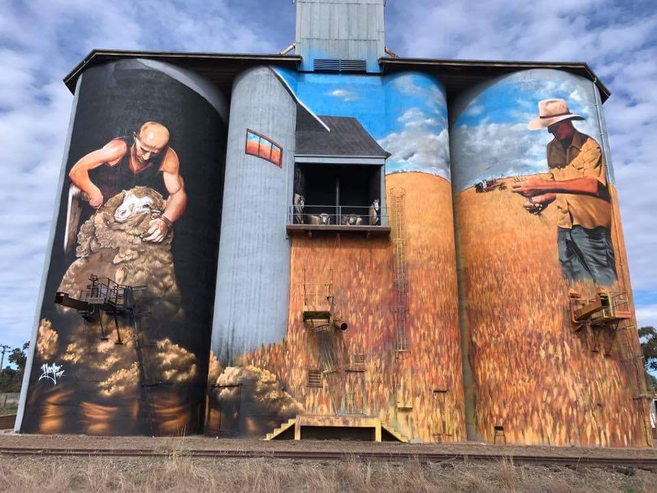 Weethalle Silo Art in Bland Shire